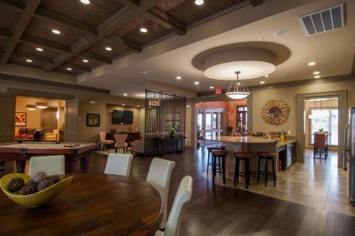 Mission hill apartments new braunfels tx 78132 hotpads for Apartments in new braunfels tx