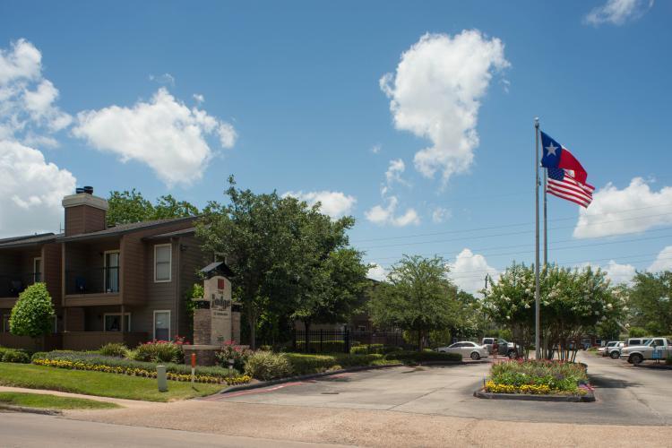 The Lodge on El Dorado Apartments Photo 1