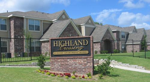 Highland Crossing Apartments Photo 1