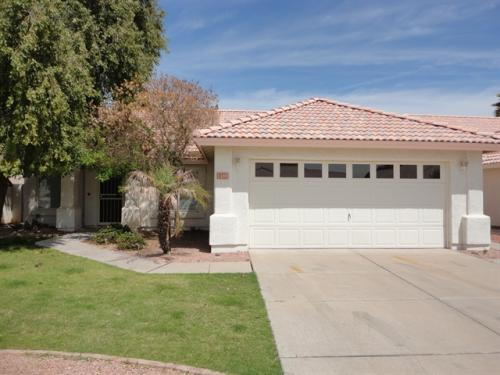 1380 W Gail Dr Photo 1