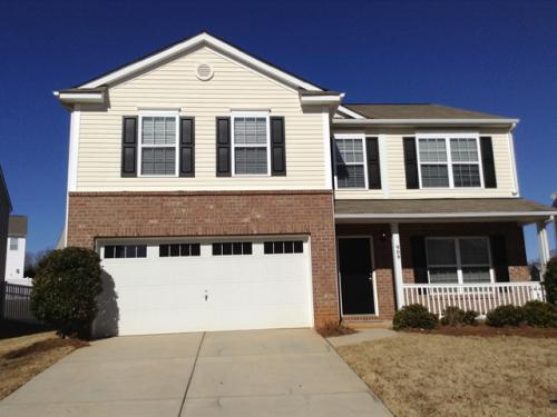 909 Silverberry Court Photo 1