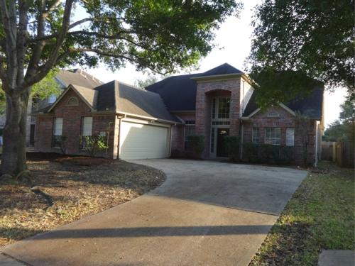 21615 Live Oaks Spring Photo 1