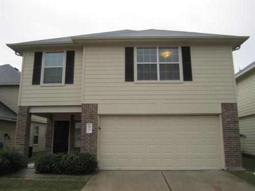 879 Darbydale Crossing Lane Photo 1