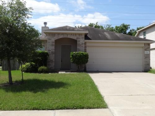 18347 Austin Oak Lane Photo 1