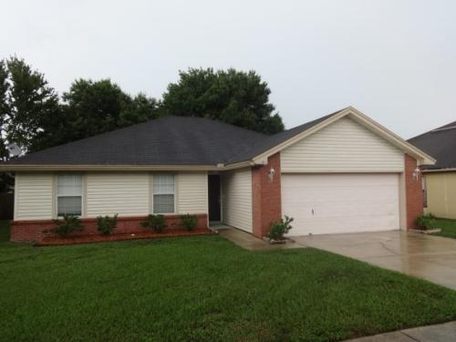 391 Willow Green Drive Photo 1