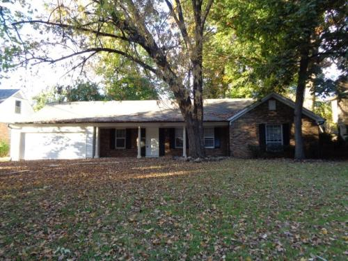 4814 Rolling Meadows Drive Photo 1