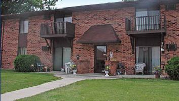 Fox River Bluff Apartments Photo 1