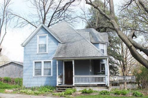 1310 Iowa Street Photo 1