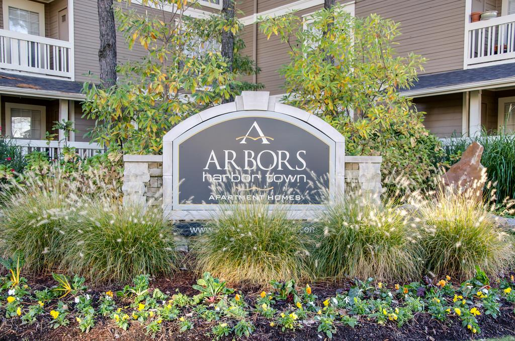 Arbors Harbor Town Photo 1