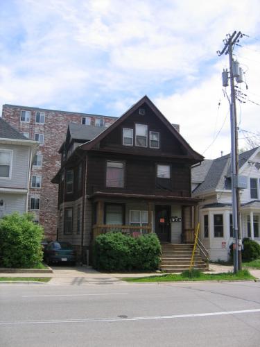 219 N Bassett Street Photo 1