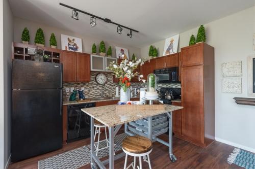 Central West End City Apartments Photo 1