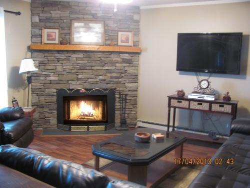 301 Pinnacle Inn Road #3222 Photo 1