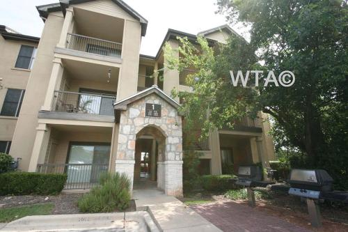 12610 Riata Trace Parkway 16484 Photo 1