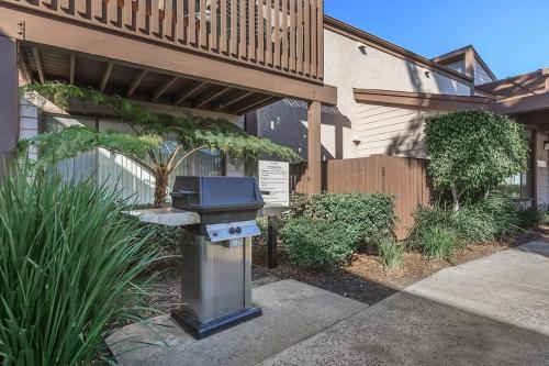 Westmont Apartment Homes Photo 1