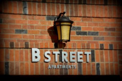 2959 E Burnside Street 202 Photo 1