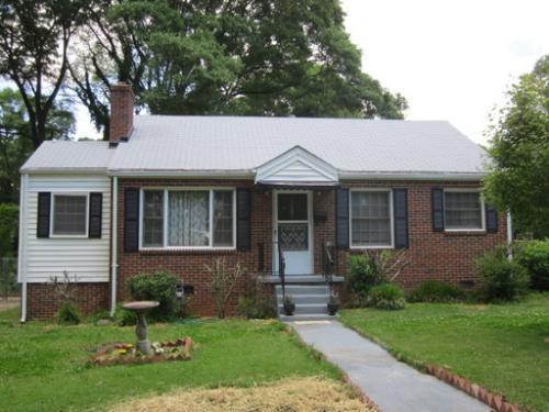 461 Deckner Avenue SW Photo 1