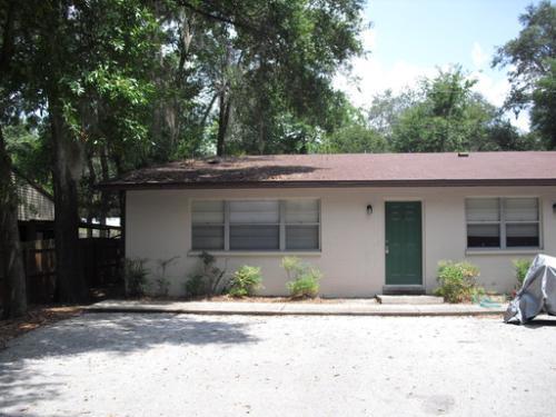 2326 SW 34th Place - D Application Pending D Photo 1