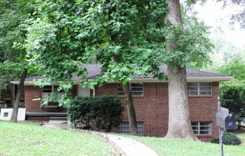 2096 Evergreen Lane - Upstairs Photo 1