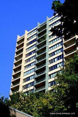 111 SW Harrison Street Apt 17E Photo 1