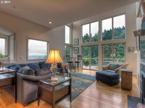 840 Sw Broadway Drive #FURNISHED Photo 1