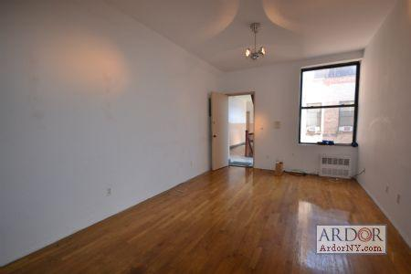 2-bedroom in Soho at this price! YES! Act now! ... JB083 Photo 1