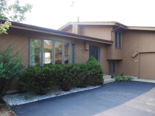 437 Red Rock Drive Photo 1