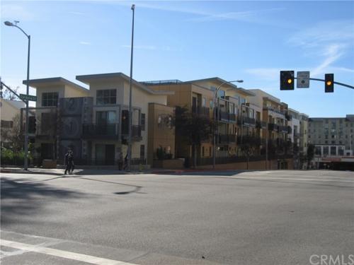 217 S Marengo Avenue Photo 1