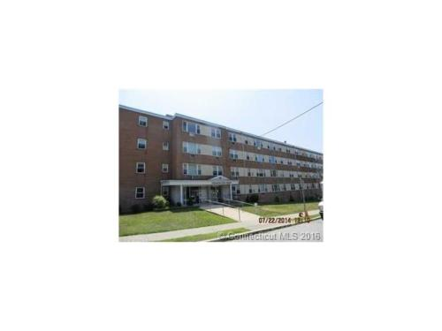 70 Farmington Ave 2F Photo 1