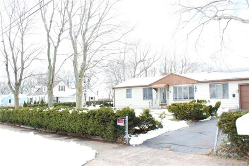 84 Frost Drive Photo 1