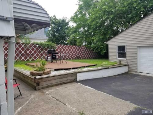 71 Lincoln Place Photo 1