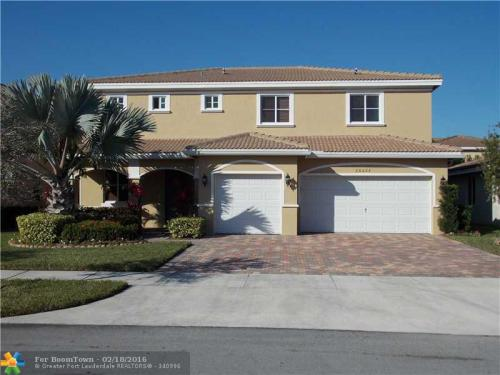 20622 NW 12th Pl Photo 1