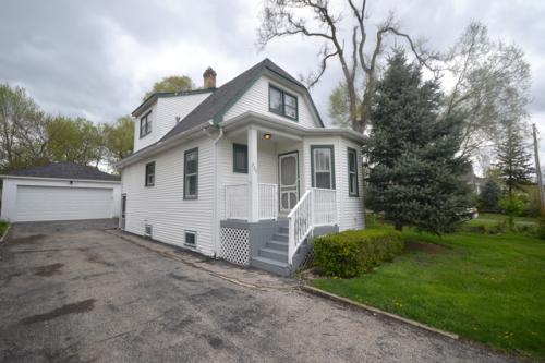 750 N Coolidge Ave Photo 1