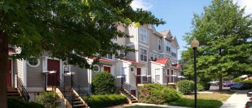 The Glen Apartments Photo 1