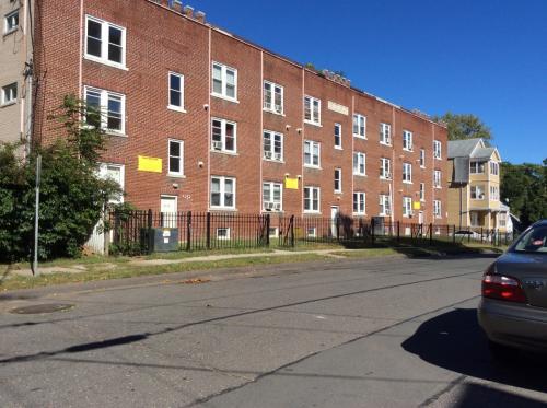 12-20 Rockville Street Photo 1