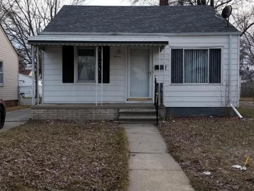 18564 Washtenaw Street Photo 1
