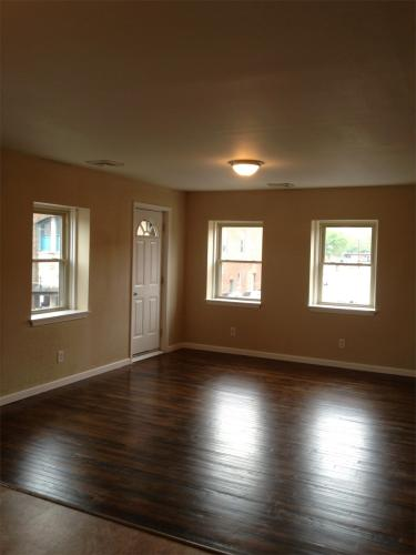 115 Pine Street Apt #2 UP Photo 1