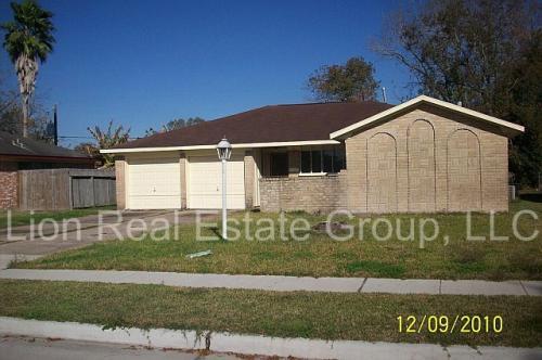 3906 Oakside Drive Photo 1