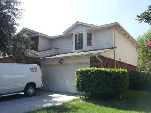 5606 Imperial Grove Drive Photo 1