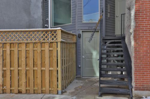1731 Ridge Ave - C-2 Photo 1
