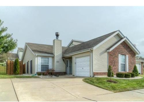 1304 Forest Creek Dr Photo 1