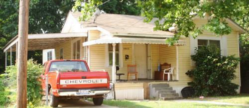 3043 Dallas Street Photo 1