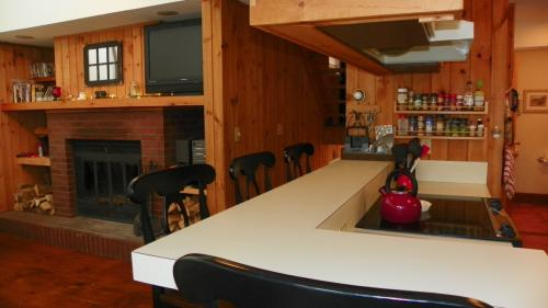 26 Tyler Spring Way Pet Friendly 6 Month Winter Se #MAY Photo 1
