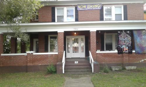 1306 Patterson Ave SW #1 Photo 1