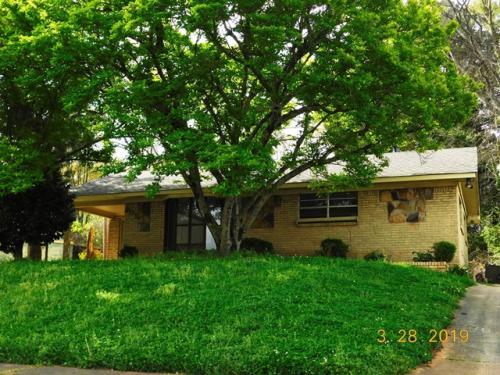 205 Ann Drive SW Photo 1