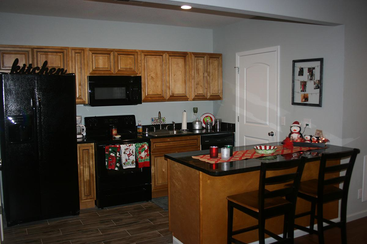 Apartment Unit 502 At 1407 Poplar Street, Murray, KY 42071 | HotPads