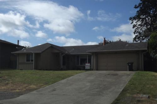 7809 Royal Oaks Drive SE Photo 1