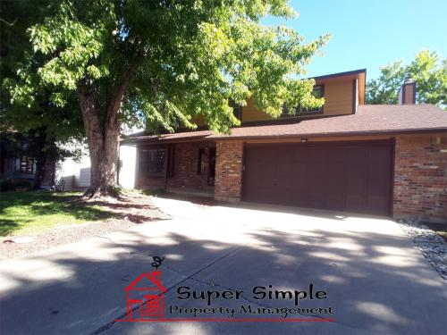 10950 E Maplewood Drive Photo 1
