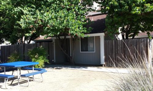 857 Adams Terrace Photo 1
