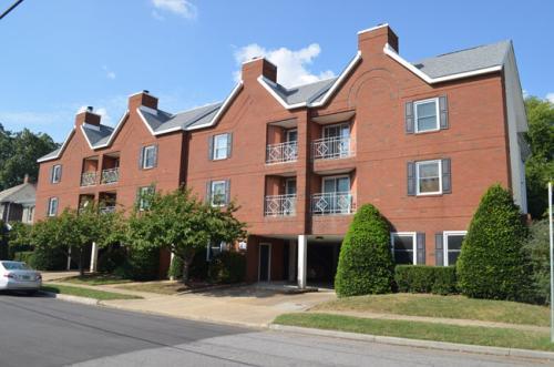 1040 Spotswood Ave Photo 1