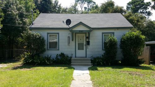 267 Forrest Avenue Photo 1